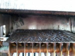 Zanieczyszczona komora spalania kotła U124